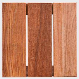 Deck Modular 30cm X 30cm Cumarú (placa)