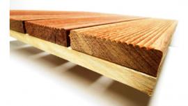 Deck Modular 50x50cm Cumarú Frisado - detalhe