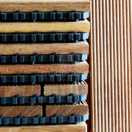 Deck Prático Cumarú Frisado 30x30cm - detalhe
